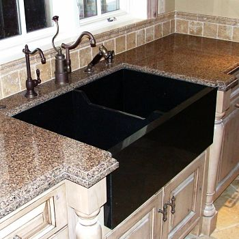 Farmhouse and Vessel Sinks: Pros and Cons - Stone Center Inc